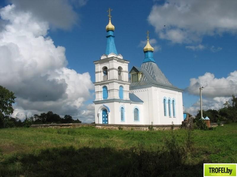 Покровская церковь в поселке Богино
